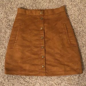 Short a-line skirt in faux suede